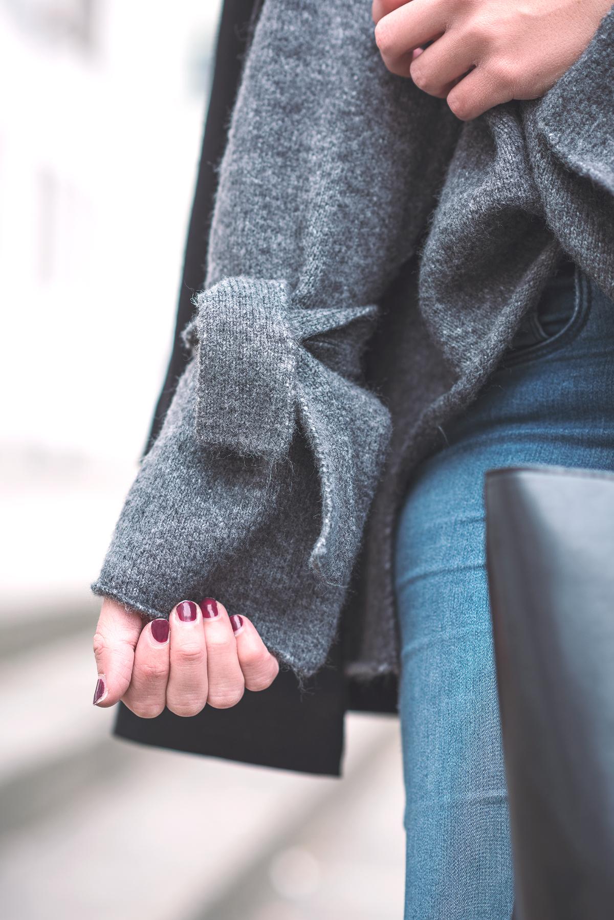 strickpullover-zara-mit-knoten-schleifen-detail-knitted-sweater
